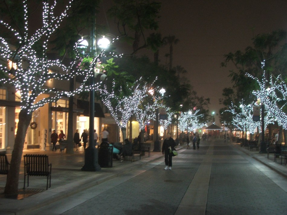 3rd Street at Night